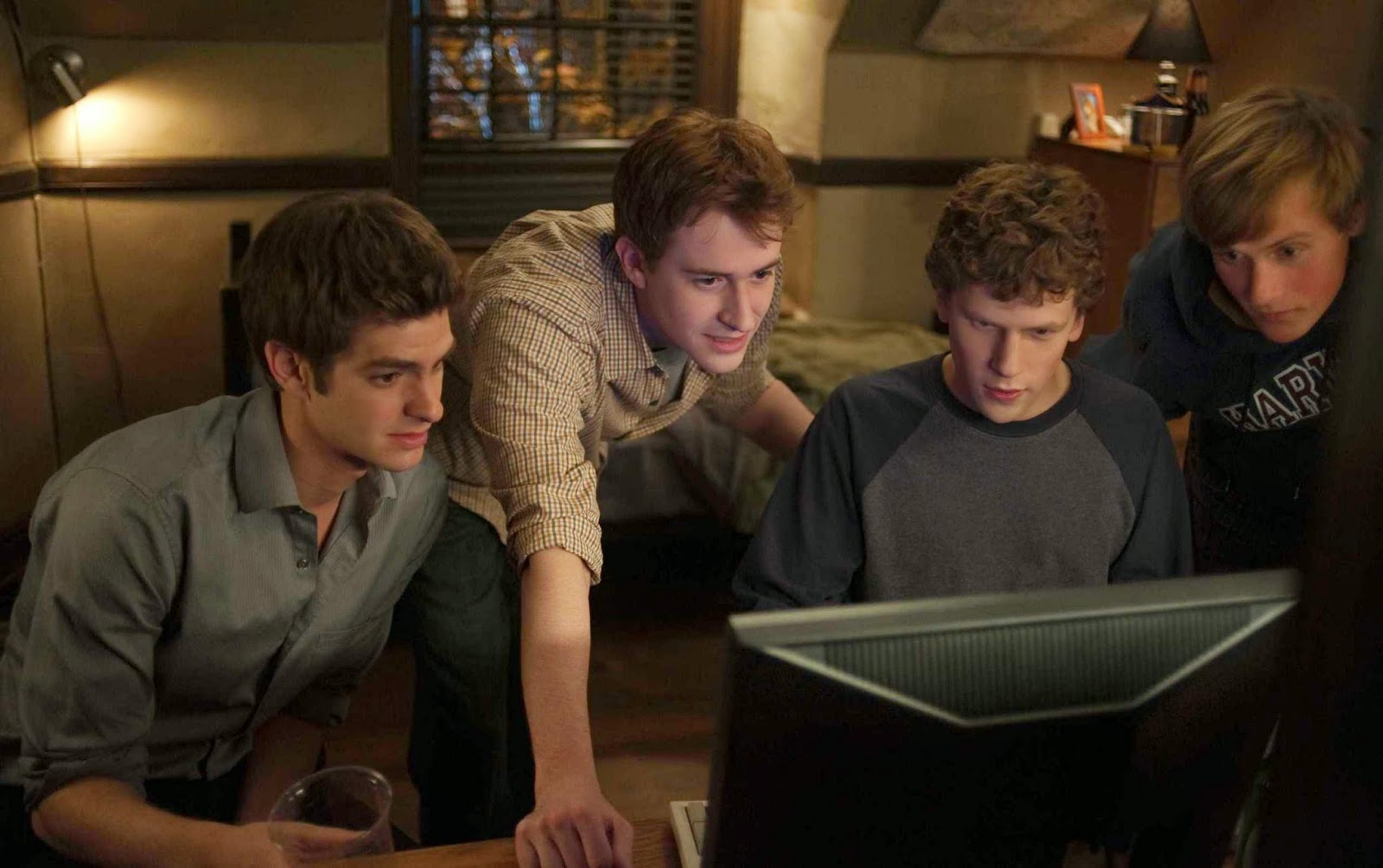 THE SOCIAL NETWORK: ENTITLEMENT