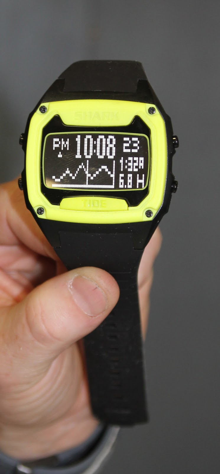how to set time on shark tide watch