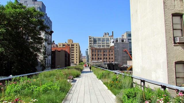 High Line is a public park