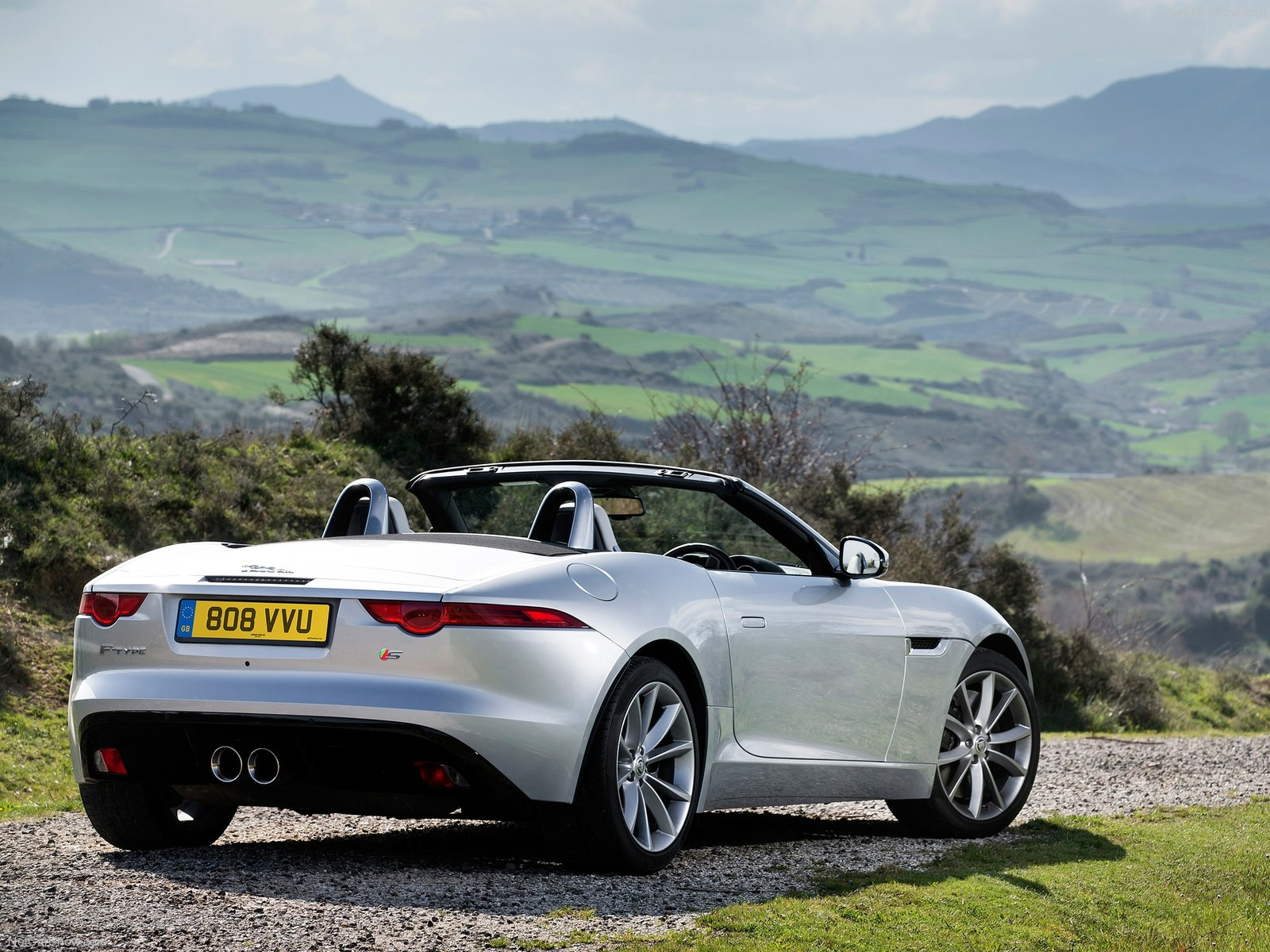 2014 jaguar f type review spec release date picture and price. Black Bedroom Furniture Sets. Home Design Ideas