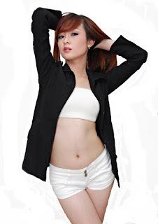 Foto Amel Model Sexy Dari Bandung