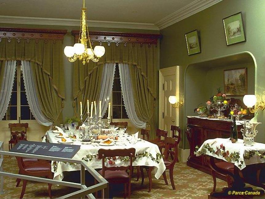 Montr Al Je Me Souviens Maison Sir George Tienne Cartier
