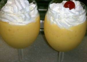 Fresh Mango and Banana Smoothie