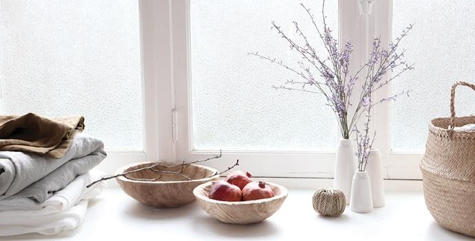 les toiles grises vente ph m re. Black Bedroom Furniture Sets. Home Design Ideas