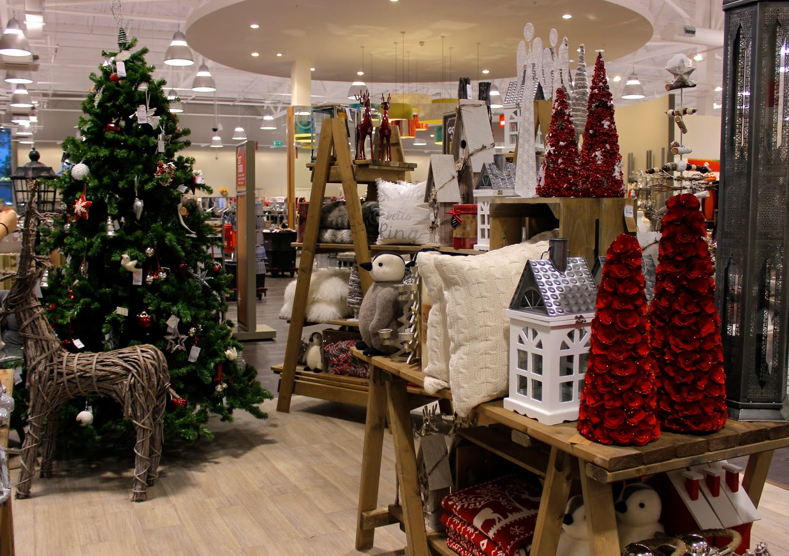 TK Maxx & HomeSense Hedge End Southampton