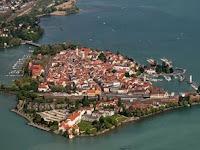 7 Pulau Terkecil Di Dunia Yang Padat Penduduk