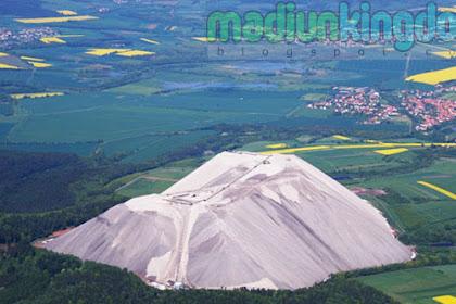 Foto Gunung Garam Buatan Terbesar Yang ada di Jerman