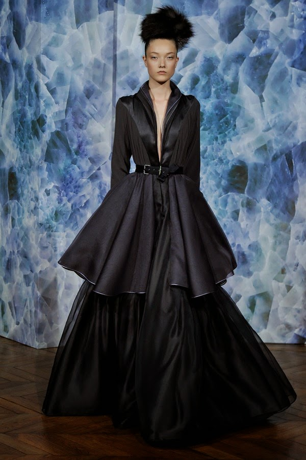 Alexis-Mabille-Haute-Couture-FW2014-2015, Alexis-Mabille-Fall-Winter-Haute-Couture, Alexis-Mabille-Fall-Winter, Alexis-Mabille--Fall-Winter-2014-2015, Alexis-Mabille-Haute-Couture, Alexis-Mabille-Couture, Alexis-Mabille-Couture-Fall-Winter-2014-2015, Alexis-Mabille-Automne-Hiver-Couture, Chanel-Couture, Dior-Couture, Inga-Shoes, du-dessin-aux-podiums, dudessinauxpodiums, robe-de-gala-pas-cher, dresses-online, robe-chic-pas-cher, robes-de-cocktail-pas-cher, evening-dresses-online, robe-de-cocktail-pas-cher, robe-bustier-pas-cher,