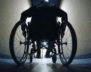 condenado a ser paralizado ojo por ojo