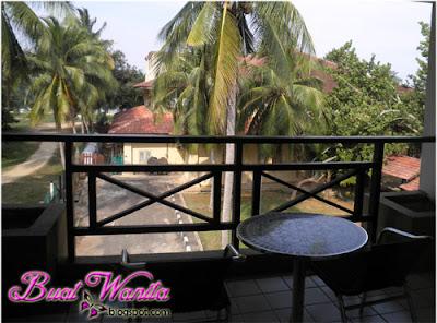 Resort Cherating, Pahang. Poor Stay. Poor View. Poor Toilet. Memang Teruk Hotel The Legend Resort Yang Kami Dapat