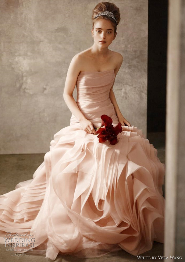 World fashion center luxurious wedding gown by world for Vera wang white wedding dresses