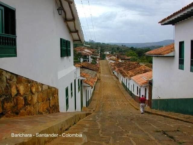 Calle con casas de Barichara - Santander - Colombia