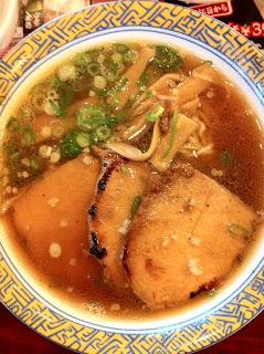 大判ロースの炙り叉焼麺+半チャーハンセット¥1139