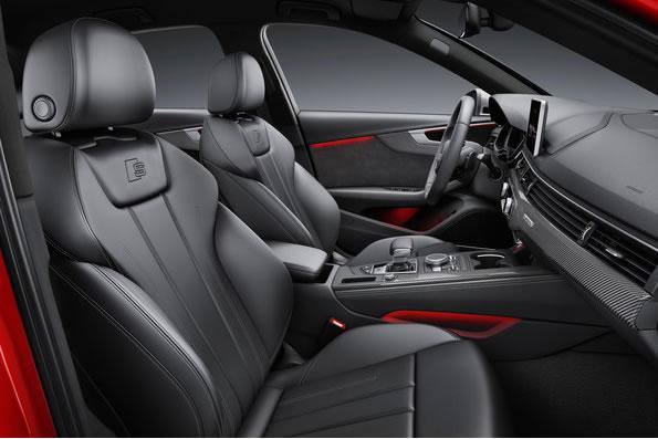 アウディ新型S4セダンのフロントシート画像