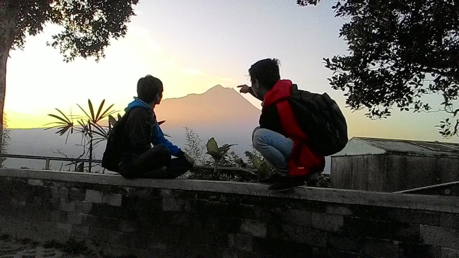 Ketep Pass Magelang menikmati sunrise