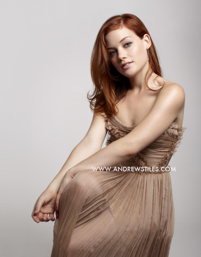 http://4.bp.blogspot.com/-yTWi7vduxhI/TqnCIrYmQWI/AAAAAAAADNY/6DYVi1cQHH4/s1600/STILES_JANE_5185+copy.jpg