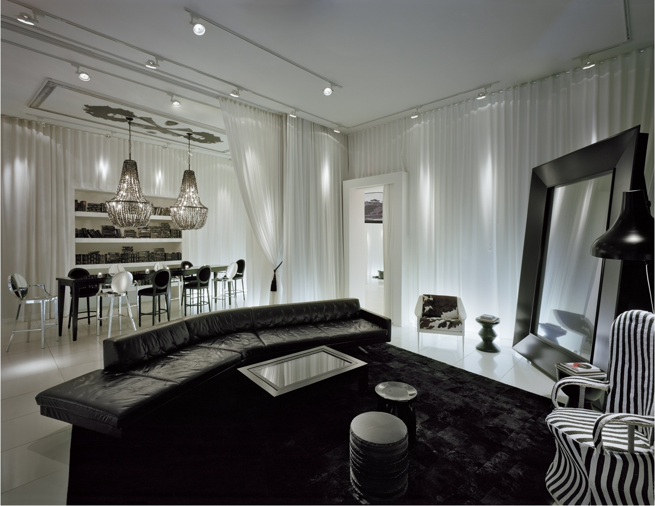 maison grace yoo inspired by starck gramercy. Black Bedroom Furniture Sets. Home Design Ideas