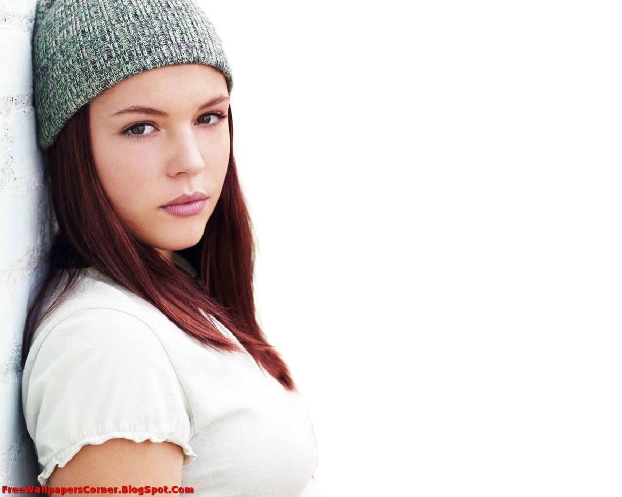 http://4.bp.blogspot.com/-yToo6C0el8s/TV0FG_rlFVI/AAAAAAAAARg/df-O3xggwZs/s1600/Agnes-Bruckner-%2528FreeWallpapersCorner.Blogspot.Com%2529-3.jpg