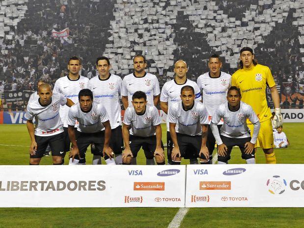 Elenco do Corinthians tem valor estimado em 153 milhões