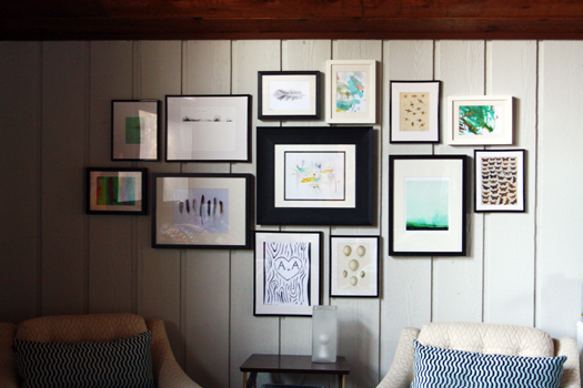 Iheart organizing gallery wall tips tricks for Picture frames organized on walls