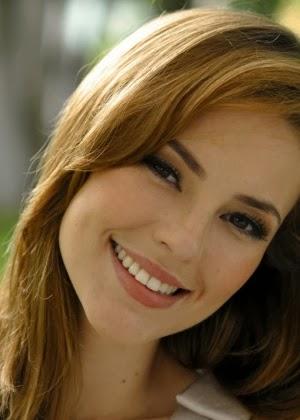 Paola-Oliveira