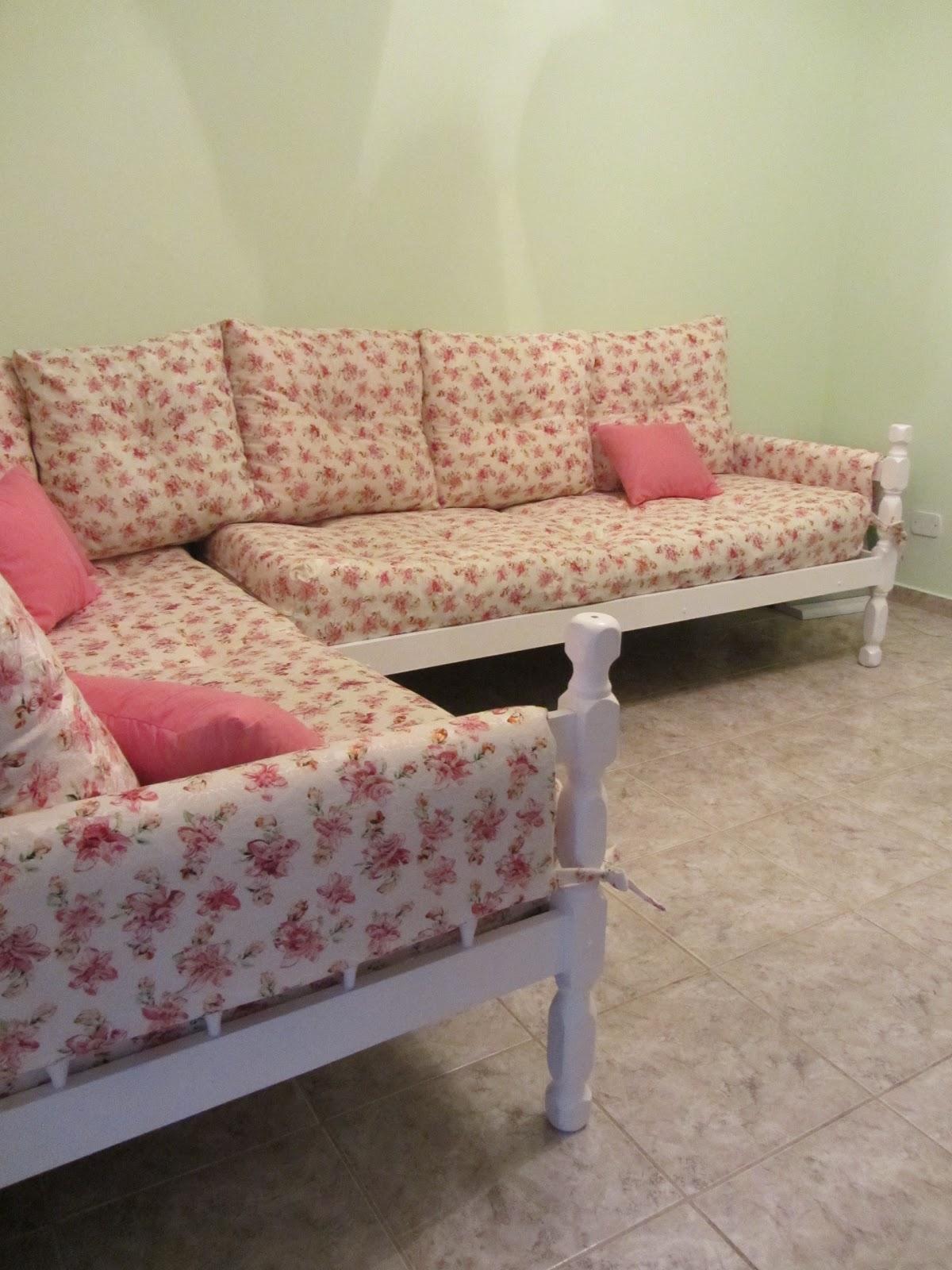 Coisas da Dê: Transformando cama em sofá #923942 1200x1600