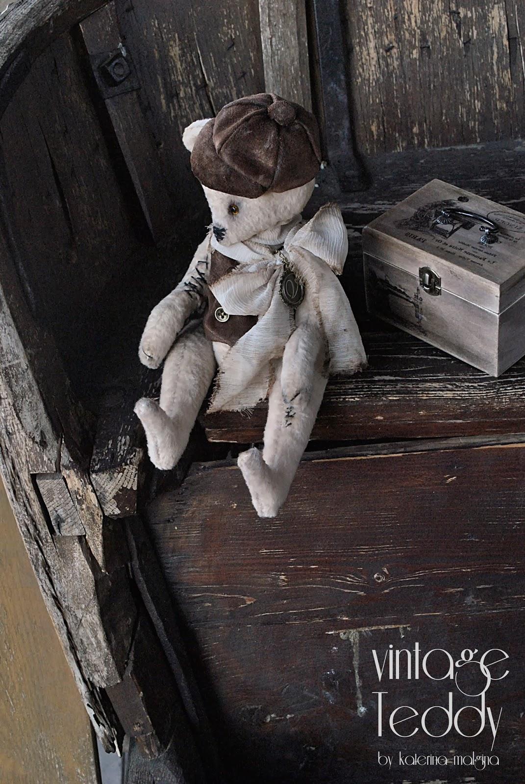 """Мусье Васька """"Яблочкин"""" мишка в кепке"""