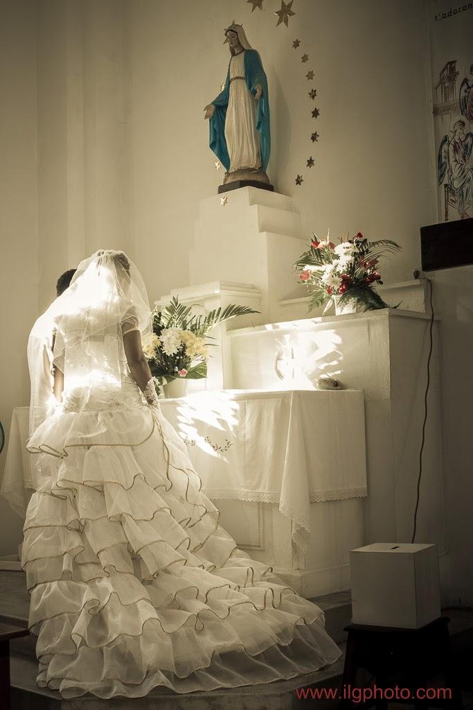 Mariage de Steffy et Manuel: devant la Sainte Vierge