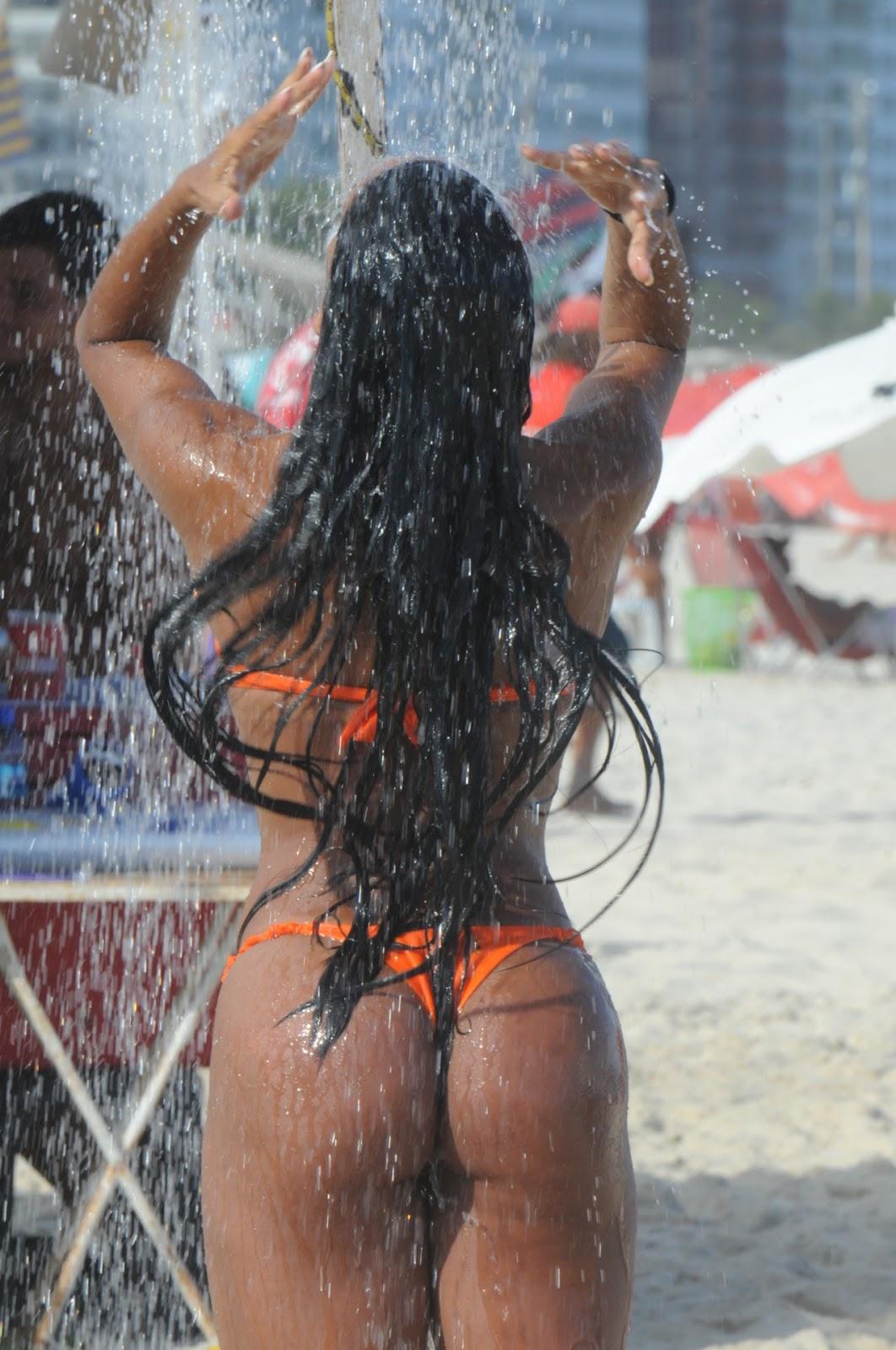 http://4.bp.blogspot.com/-yUQ5mTKH7Po/T0-PcjvHX0I/AAAAAAAARD4/PCQS7jQxxV0/s1600/Brazil-Girl-bikini-babe-1-l1.jpg
