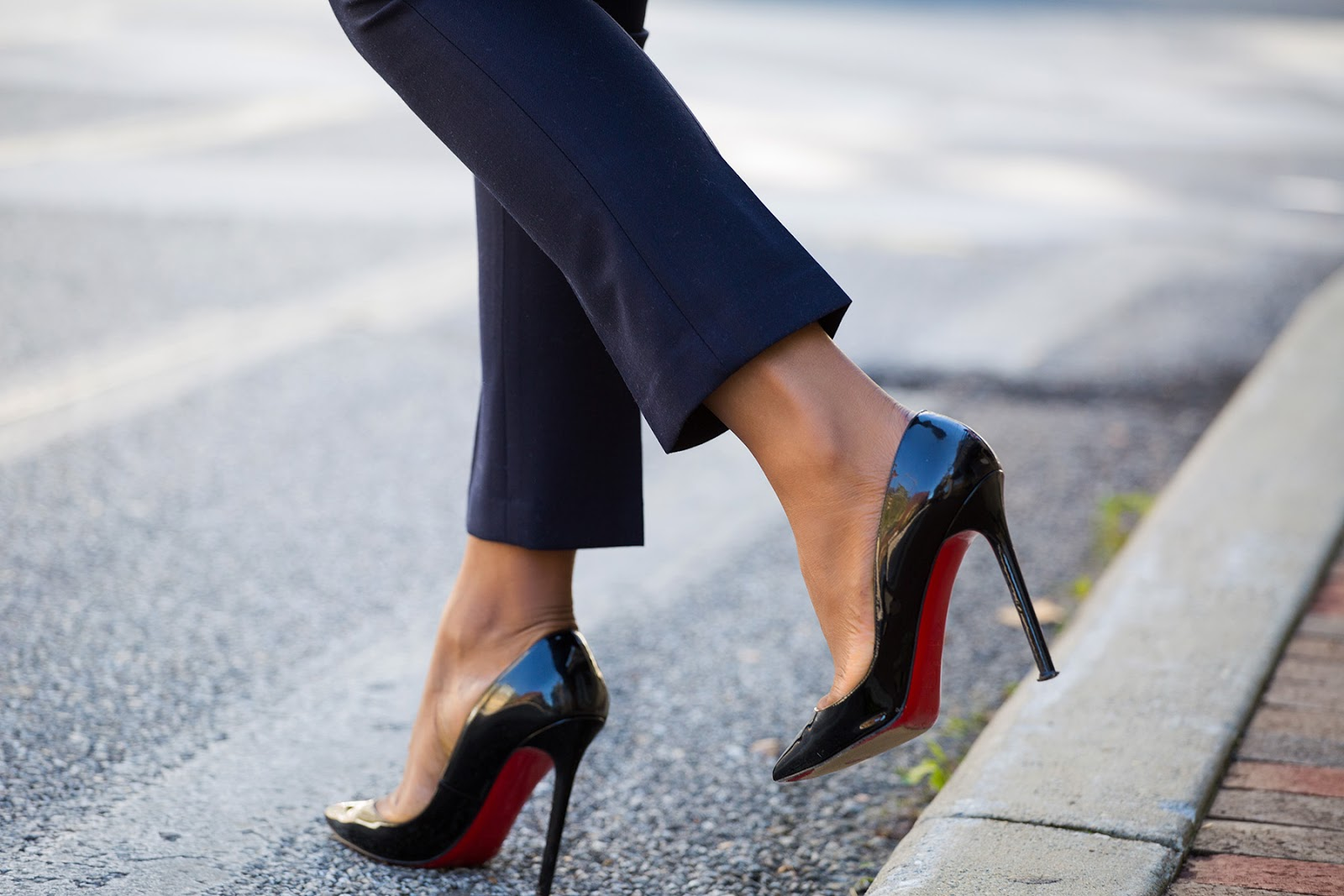 Christian louboutin pumps, jadore-fashion.com