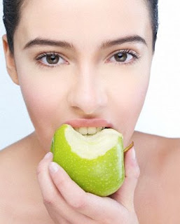 Cara Menghilangkan bau Mulut yang tak sedap