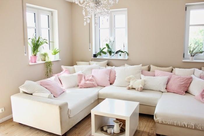 Sofa für küche  Wir bauen ein Haus: Kleiner Einblick in unser Wohnzimmer und Küche ...