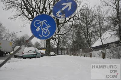Fake-Winterdienst auf Radweg Barmbeker Straße
