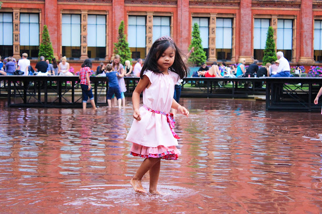 Garden at the V&A Museum | London | Chichi Mary Kids's Boutique