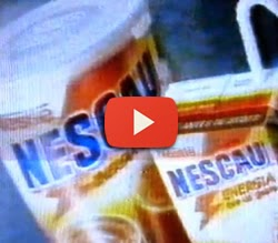 Propaganda do achocolatado Nescau em 1996 com participação do ator Diego Ramiro.