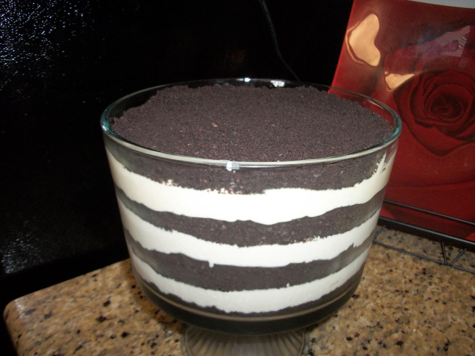 Easy Dirt Cake Pudding