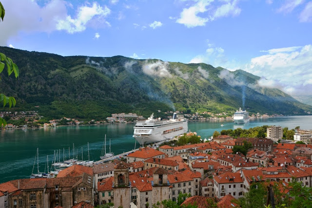 Bay of Kotor cruise ships