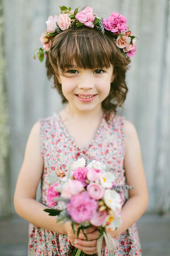 coroa de flores-Crown flowers-tiara de flores-flores-acessorios de cabelo-cabelos-moda infantil