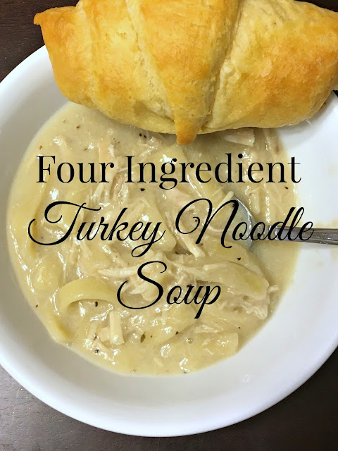 turkey noodle soup, 4 ingredient turkey soup, easy turkey leftover soup, turkey leftover soup, #recipe, #TurkeyLeftovers