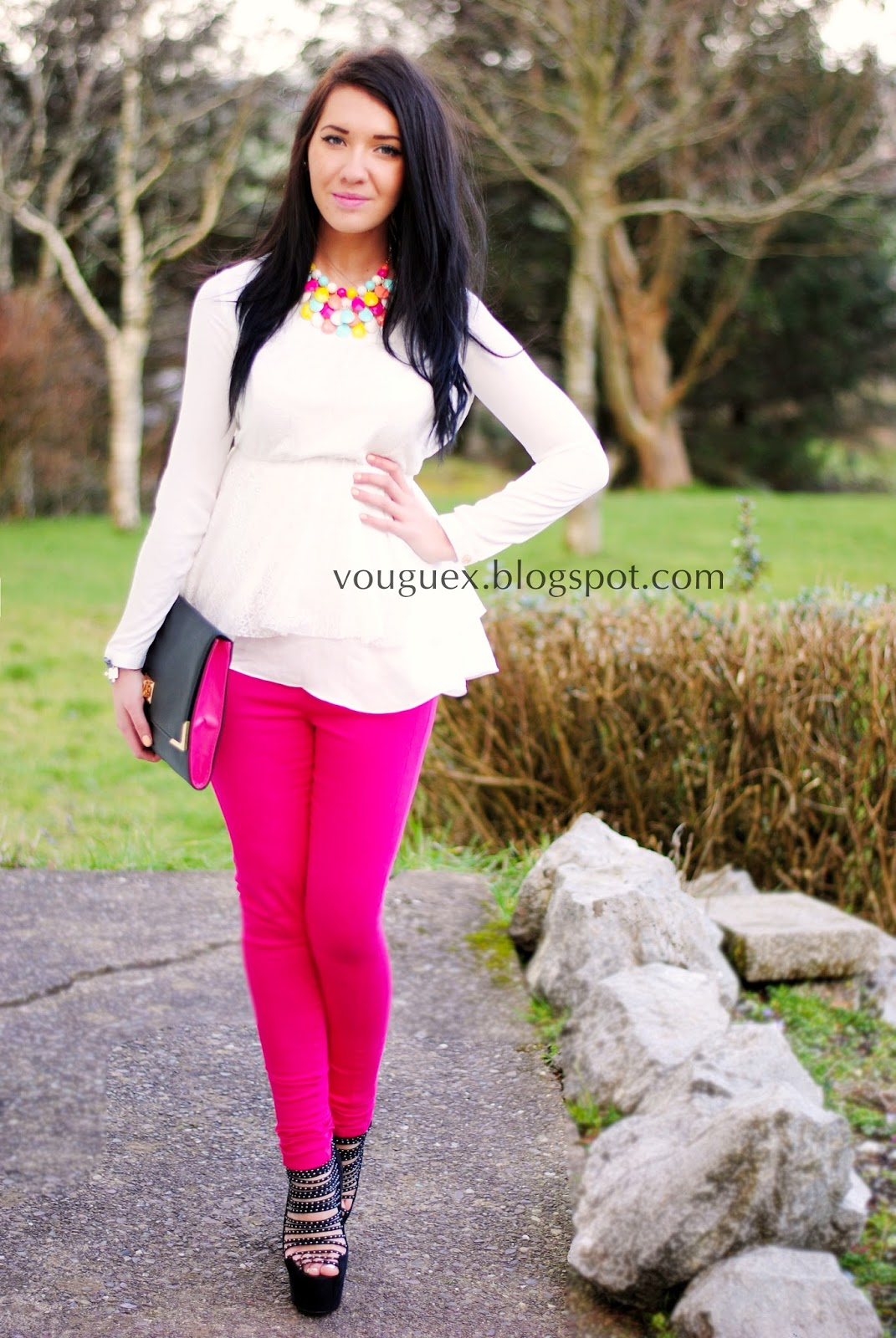 Pink pants with b&w