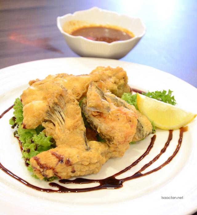 Spicy Salmon Head Karaage - RM41.90