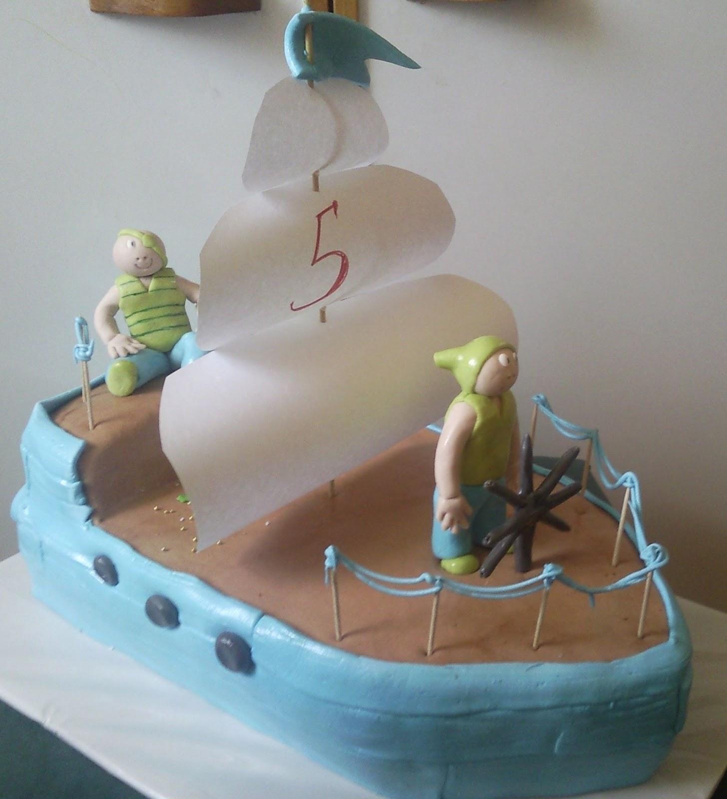 Как сделать кораблик на торте