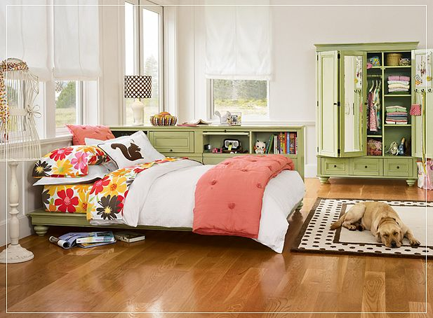10 amazing teen preteen girl 39 s room ideas before and after Beautiful bedroom chairs that make it a joy getting out of bed
