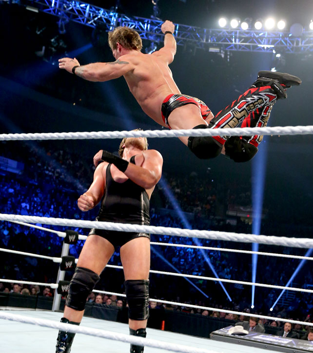 Ryback Bench Press: I LOVE WWE: Jericho V/s Swagger