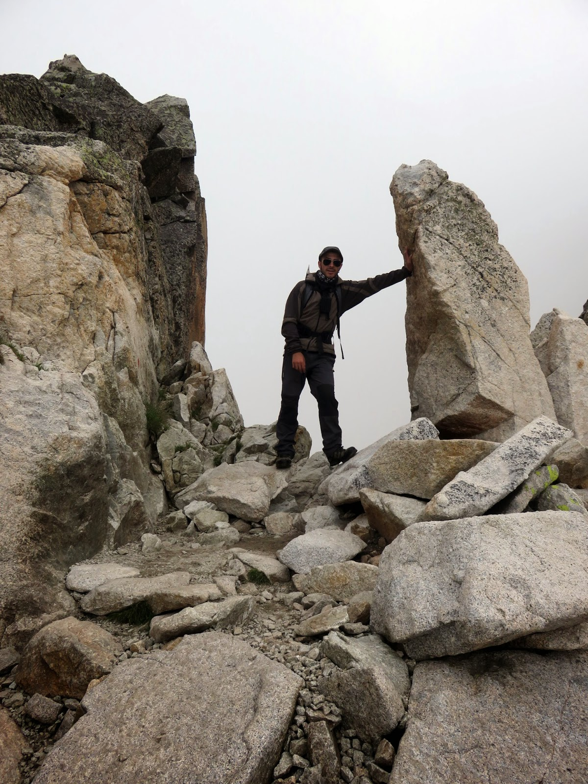 Portillón Superior en Pico Aneto con niebla
