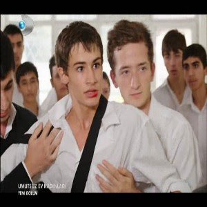 Mert Okulunda Kavga Yapti