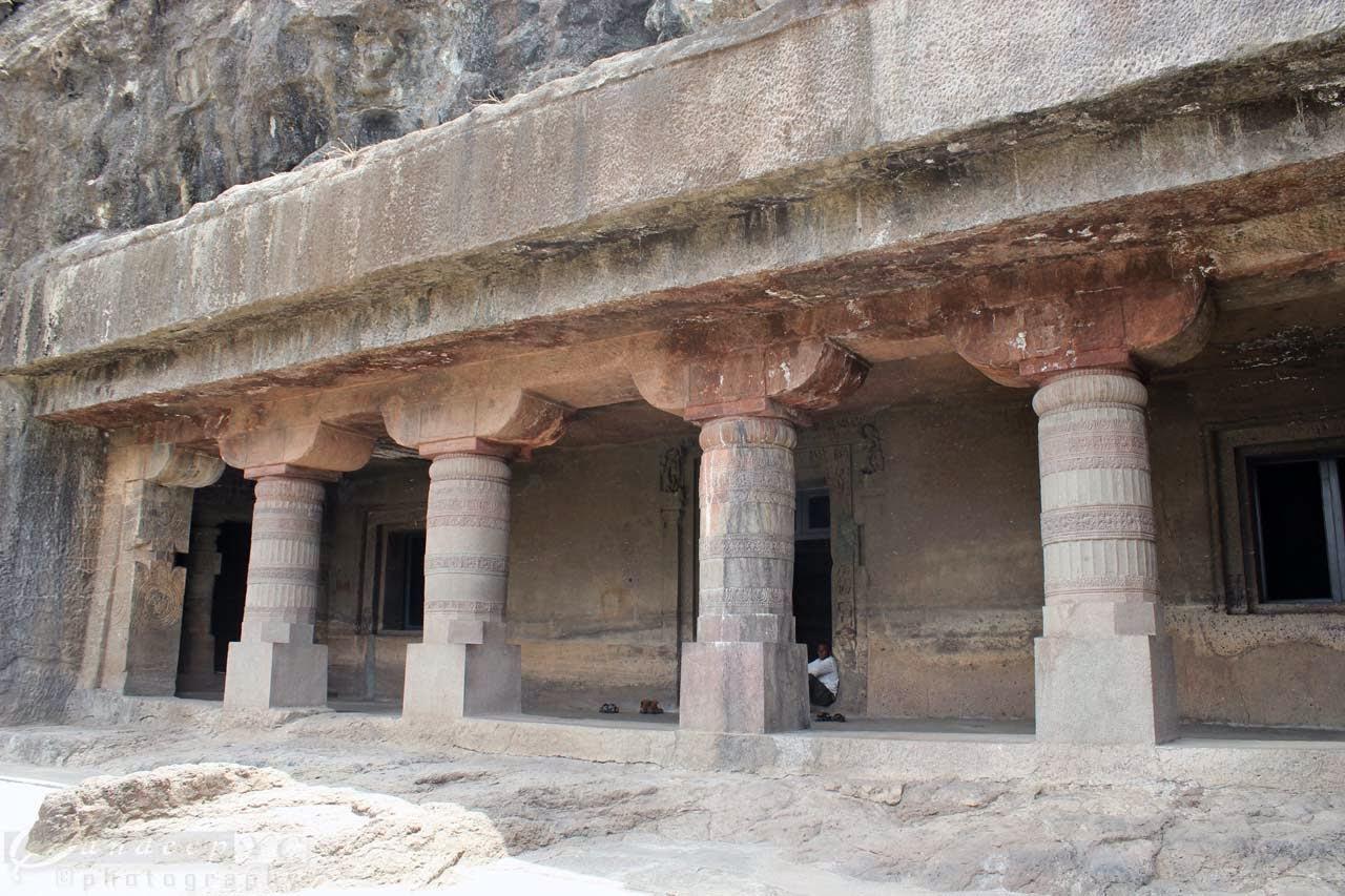 Cave 21 entrance