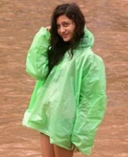 Kamu bisa menyaksikan photo telanjang memek banjir yang hot, atau ...