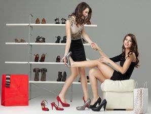 wanita shoping