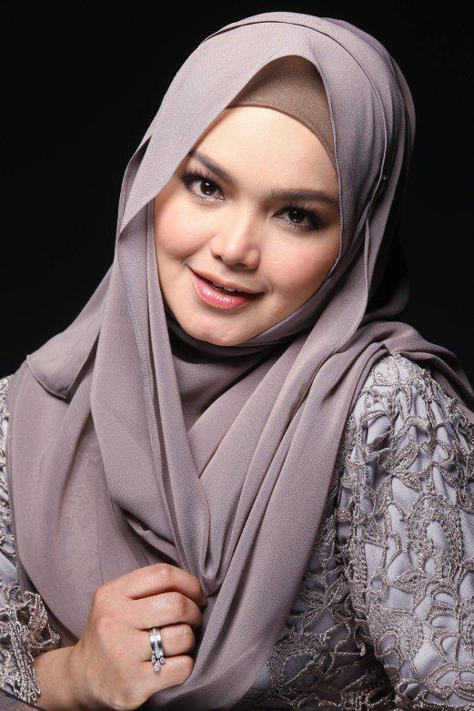 #Cabaran20Hari LAGU RAYA PILIHAN : Siti Nurhaliza